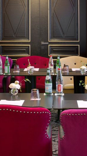 la villa haussmann h tel 4 toiles au luxe parisien. Black Bedroom Furniture Sets. Home Design Ideas